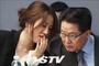 '고발 사주' 정국의 주연으로 부상한 박지원…민주당은 난감